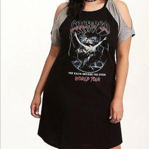 Torrid Calgpso cold shoulder shirt dress size 0